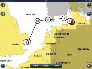 Neben den Schiffahrts -Strassen über die Nordsee. Distanz 350 SM (ca. 650km)